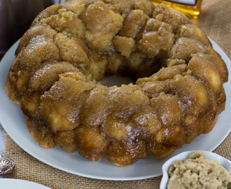 Drunken Monkey Bread {From Scratch, No Yeast}