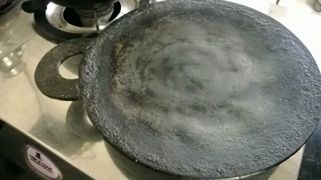 Preparing Iron Skillet(Dosa tawa) For the first time