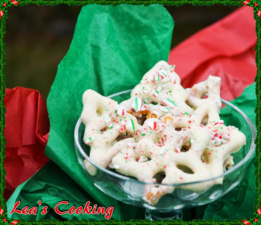 """Peppermint White Chocolate Pretzels"""