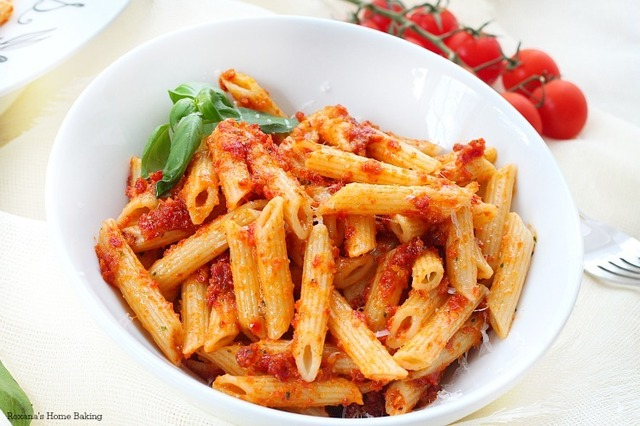 Sicilian sun dried tomato pesto penne recipe and a Dreamfields pasta giveaway