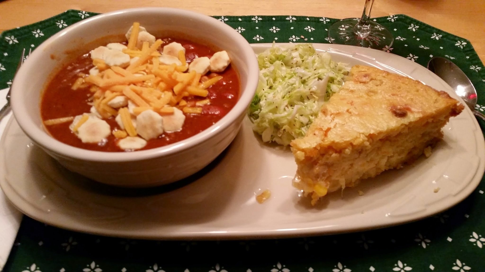Moist Corn Bread, Carolina Slaw and Chili ~ A perfect Autumn combo!