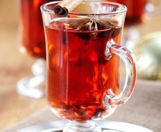 Holiday Spiced Mulled Red Wine Recipe
