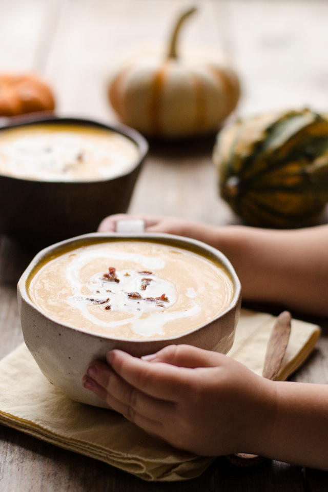 Roasted Butternut Squash and Garlic Soup