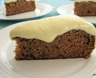 Spiced Apple Cake with Lemon Cream Cheese Icing