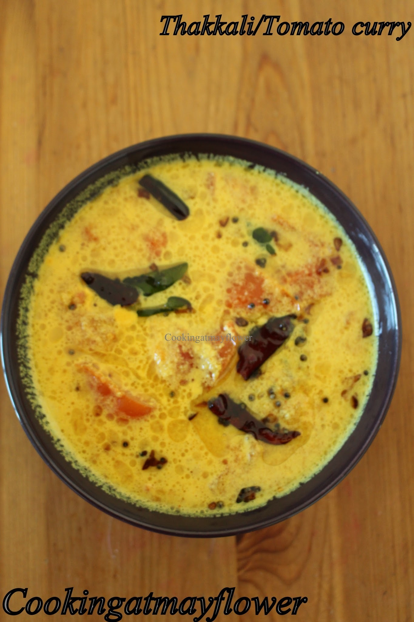 Kerala thakkali curry/ Tomato curry in coconut gravy / tomato chaaru curry/ South Indian lunch ideas