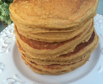 {Flashback Friday} Spiced Pumpkin Pancakes