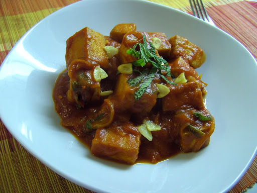 To Taste with Tofu - Fried Tofu in Spicy Tomato Sauce