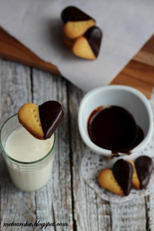 Chocolate Dipped Shortbread