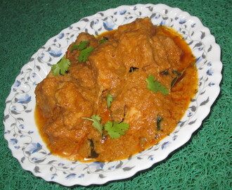ANDHRA SPICY CHICKEN CURRY (With coconut milk)