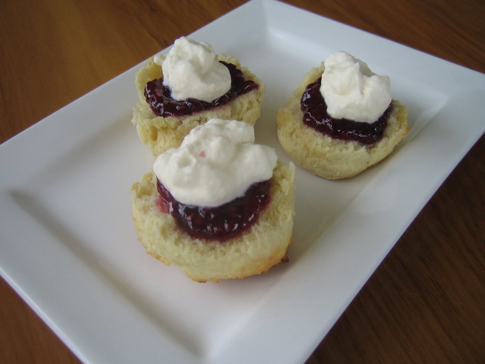 THE DARING BAKERS' JANUARY, 2012 CHALLENGE: BACK TO BASICS: SCONES (A.K.A. BISCUITS)