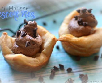 Pillsbury Inspired Mini Mousse Crescent Pies #Recipe ($10 Paypal Giveaway + Coupons!) #FallFamilyMeals