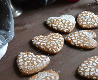 Tender gingerbread cookies