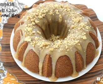 PUMPKIN BUNDT CAKE WITH CARAMEL GLAZE