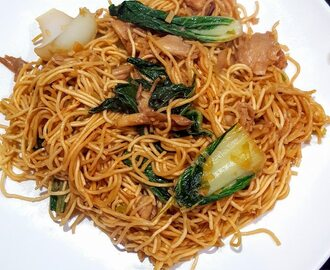 Chow mein noedels