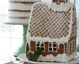 A Gingerbread House, Rum Raisin Apple Butter Cake, and an Advent Calendar