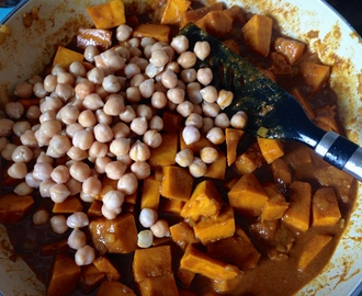 Curry Courge et Pois-Chiches – Squash and Chickpea Curry
