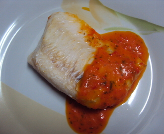 Fish Fillets with Red Bell Pepper Sauce