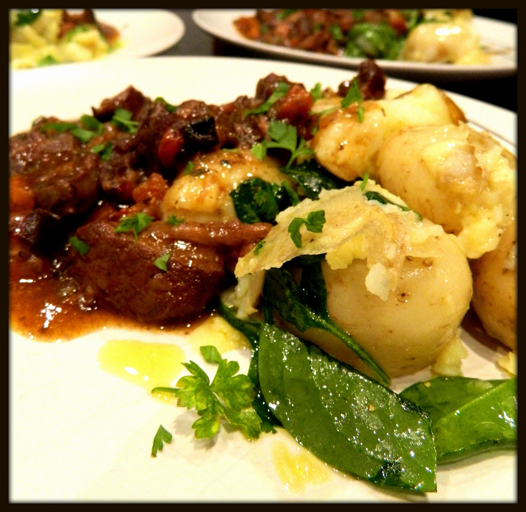 BRAISED SHIN OF BEEF WITH GARLIC POTATOES SPINACH & PARMESAN