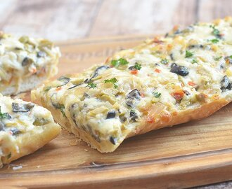 Olive-Onion Cheese Bread