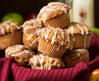 Apple Snickerdoodle Muffins