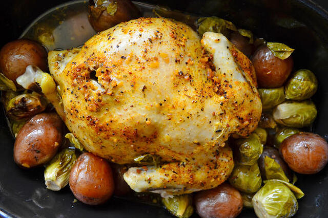 Slow Cooker Chicken and Potatoes