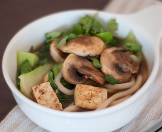 udon noodles with mushrooms & pak choy