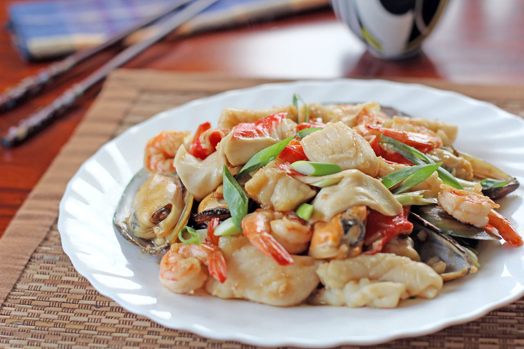Mixed Seafood in Oyster Sauce