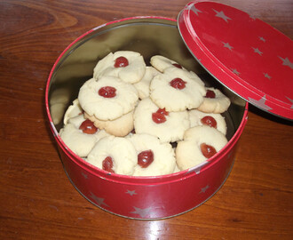 Cherry Biscuits
