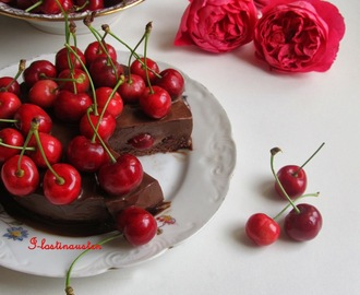Chocolate Cherry  Mousse Cake (Donna Hay)