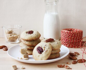 Chewy Maple Syrup Fudge and Pecan Cookies