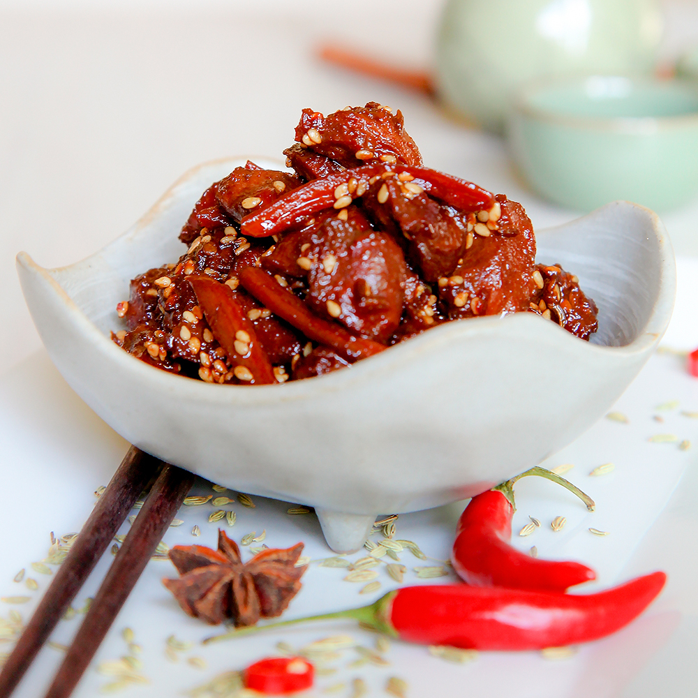 GIZZARDS STEW CHINESE RECIPE with soy sauce and sesame seeds