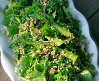 Supergreens with quinoa & pistachio pesto