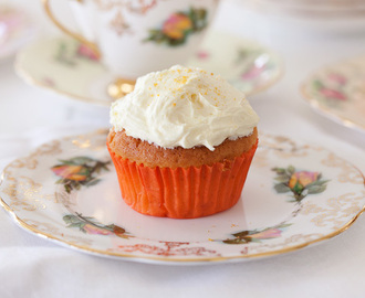 Peach Cupcakes with Fruit Frosting