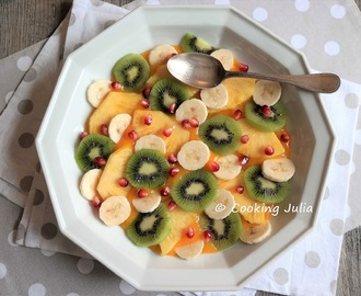 SALADE DE FRUITS EXOTIQUES AU COULIS DE MANGUE