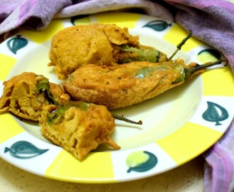 Rice Stuffed Mirchi Bajji