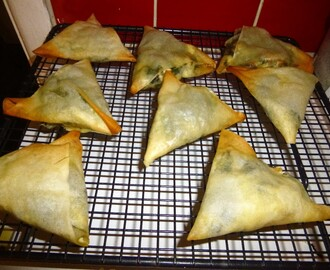 Baked Feta and Spinach Samosa (Spanakopita)  Recipe