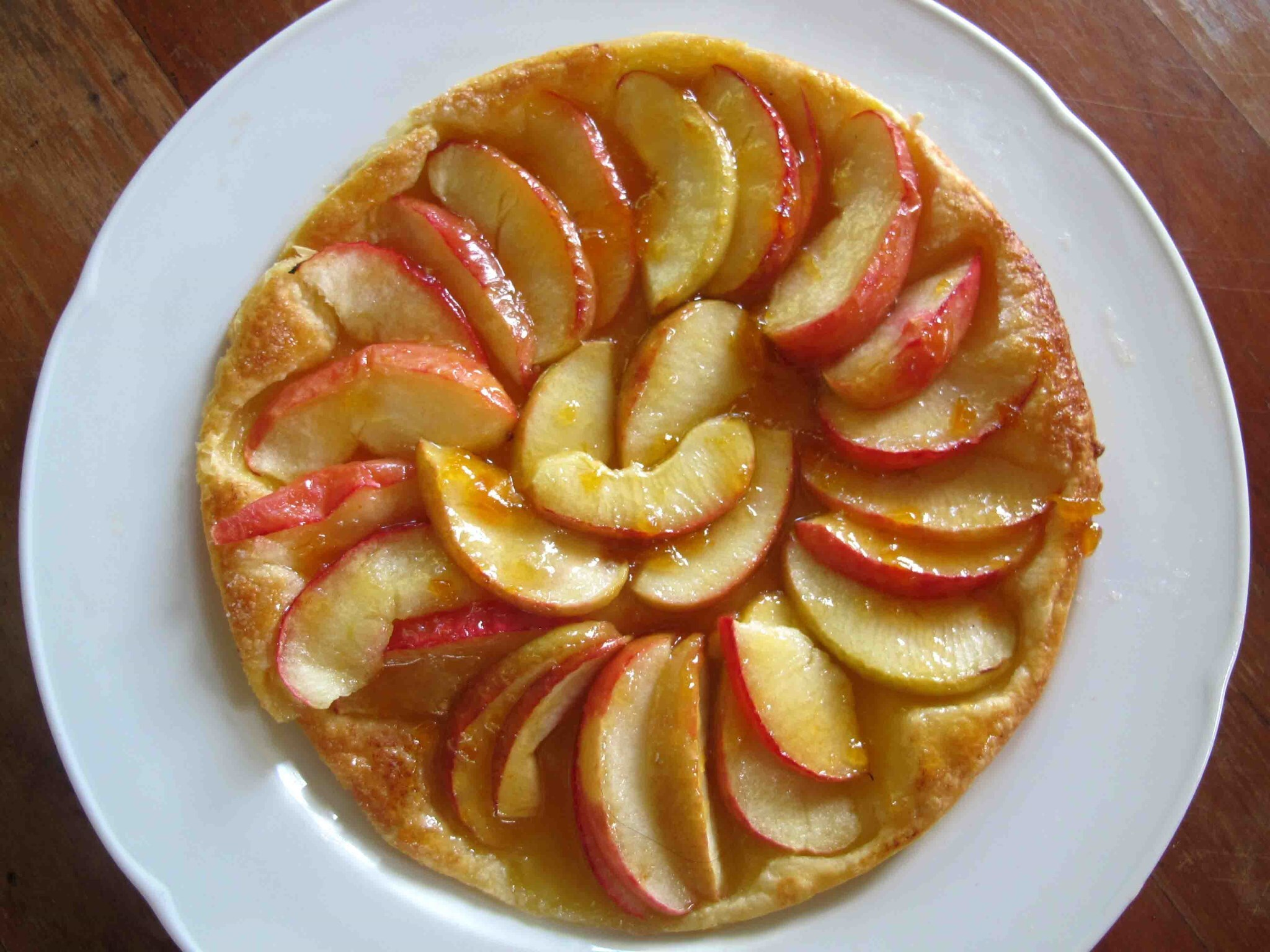 French Apple Tart ( Tarte aux Pommes) for Bastille Day