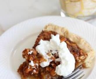 CASHEW NUT PIE