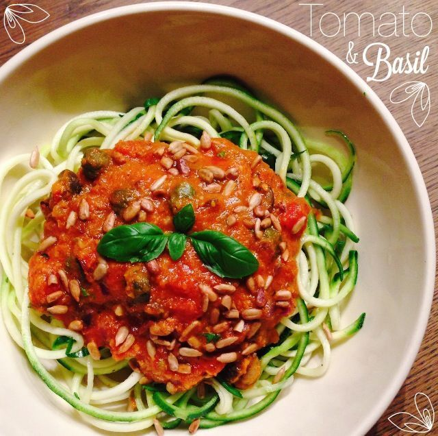 RECEPT: Tomaat Basilicum Courgetti