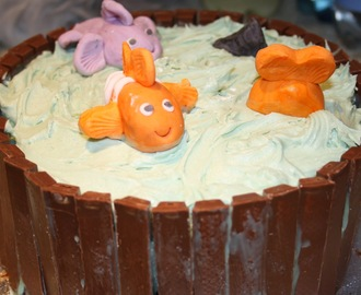 Leaving Cake - Finding Nemo/ So Long And Thanks For All The Fish