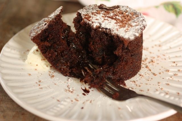 Chocolate and Prune Pudding Cakes