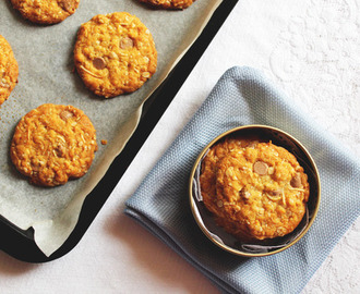 Caramel Oat Biscuits