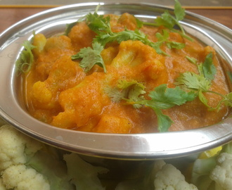 Cauliflower Matar Gravy – Famous Indian Recipes