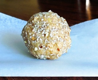 Almond and Chia Bliss Balls