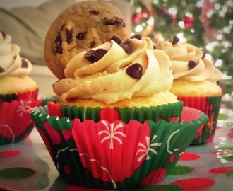 French Vanilla Cupcakes with (Eggless) Chocolate Chip Cooke Dough Frosting