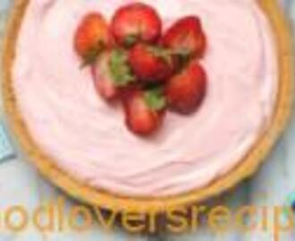 TRIPLE STRAWBERRY MOUSSE PIE