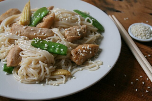 Dinner in a flash! - Honey, Soy & Lime Chicken with Noodles