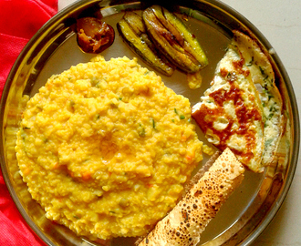 Bengali masoor dal (red lentils) khichdi / khichuri – for rainy days
