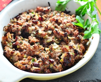 Christmas Stuffing with Cranberries, Chestnuts and Parsley