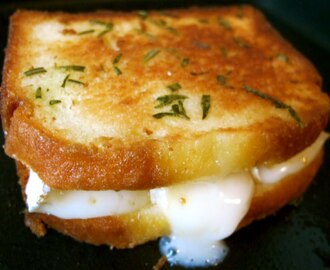 The (F)unemployment Special – Poundcake Grilled Cheese with Brie, Fig Jam, and Rosemary Butter